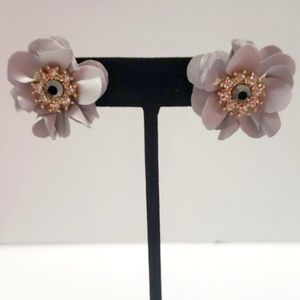 《INC》NEW Stud Earring Grey Fabric Flower Floral